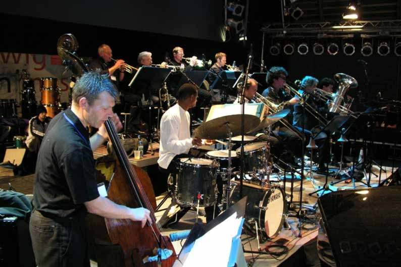 With the NDR Radio Big Band at 2004 Jazzbaltica